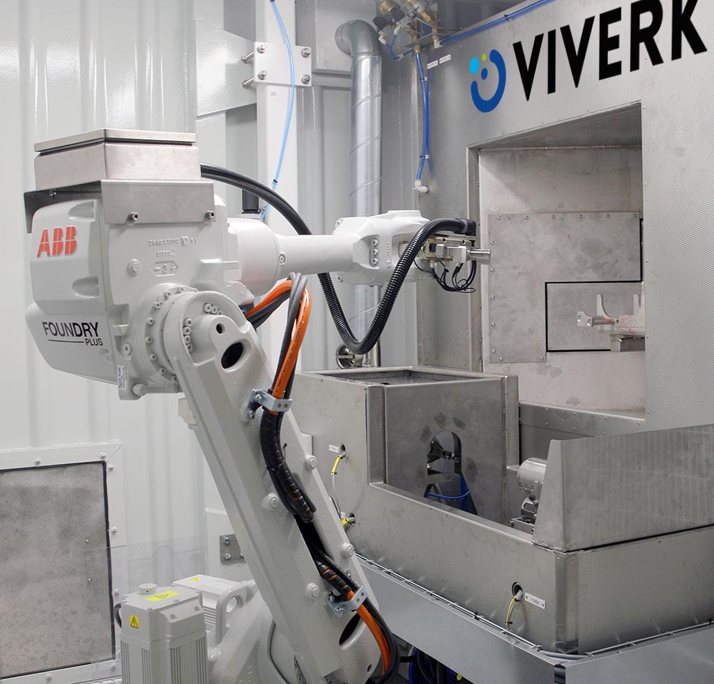 Viverks karuselltvätt VKA lämpar sig särskilt väl för att matas med en robotarm då tvätten matar runt godset till olika stationer i tvättkarusellen.
