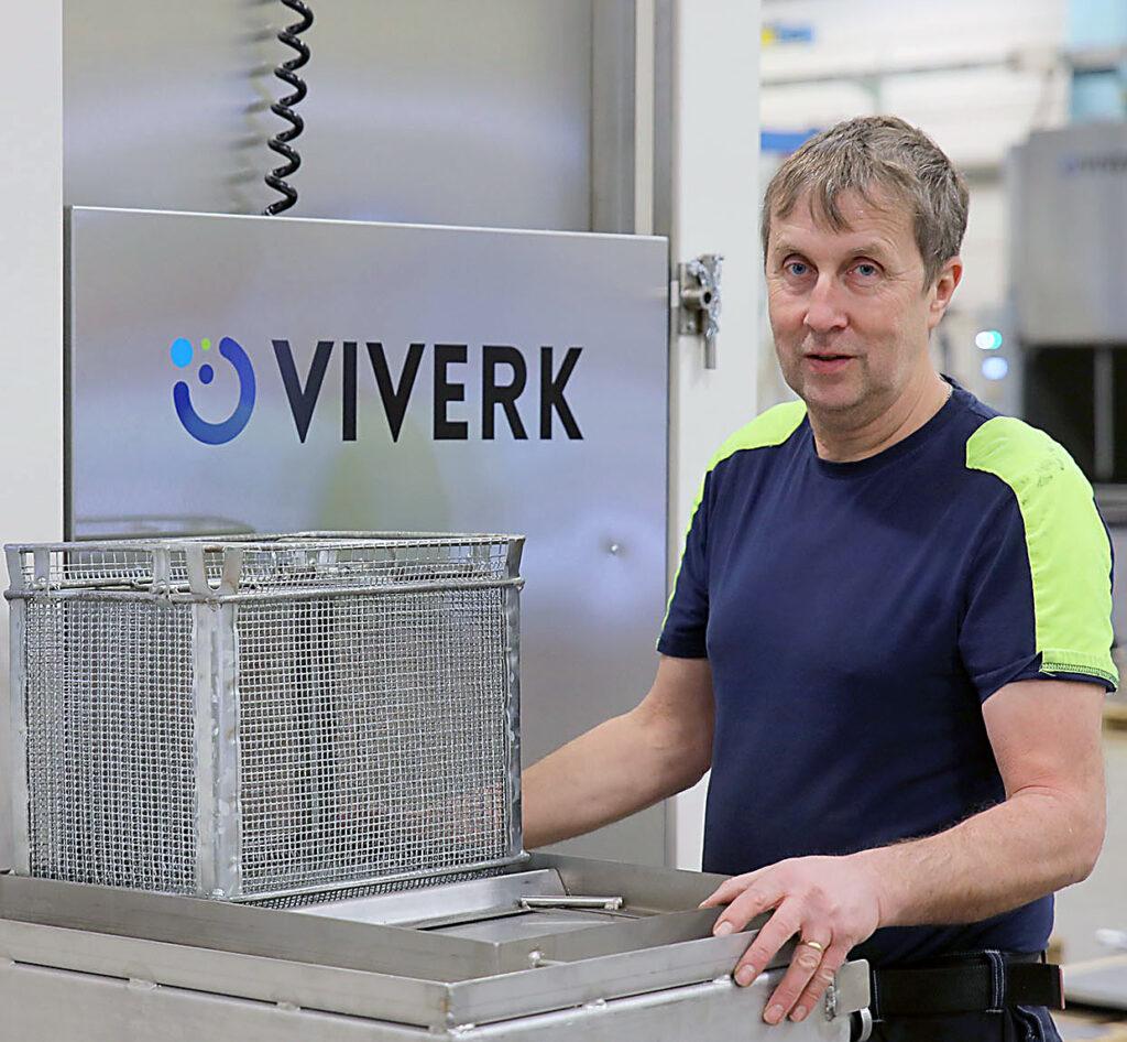 Tommy Sandersson provtvättar på Viverk.