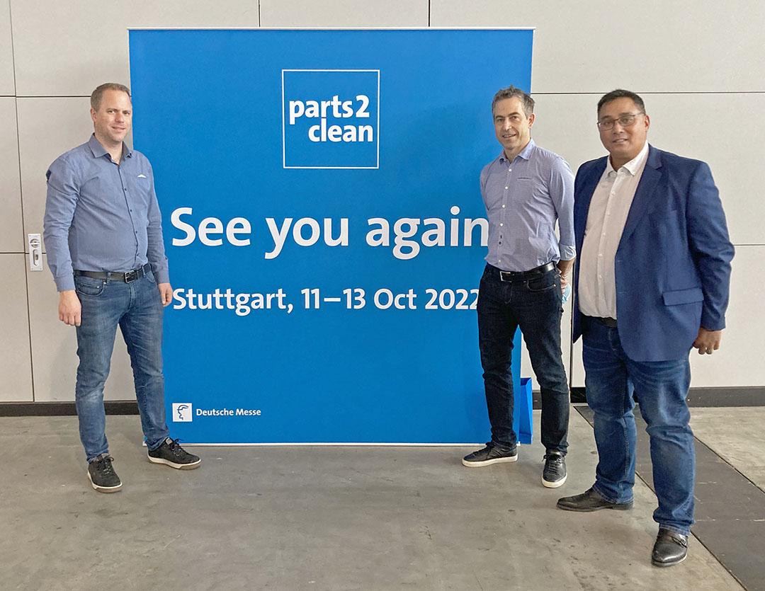 Roger Åhsberg, Michael Wickell och Peter Helmersson från Viverk på Parts2clean 2021 i Stuttgart.